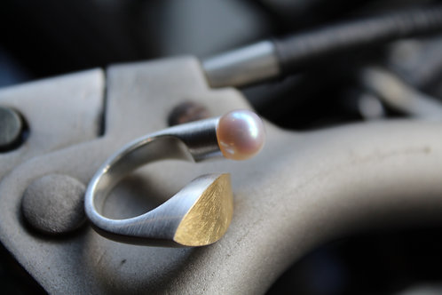 Statement Solid Silver Pearl and Gold Leaf Ring