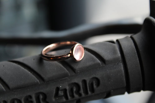 8mm Round Rose Quartz Rose Gold Plated Ring