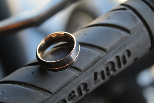 Unisex Tungsten Carbide Ring with Rose Ion Plating
