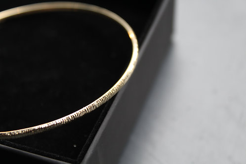 9ct Yellow Gold Diamond Cut Bangle