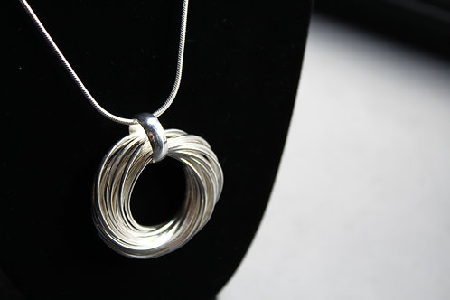 Sterling Silver Willow Wreath Design Necklace