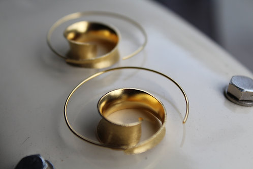 Gold Satin Finish Swirl Hoop Earring