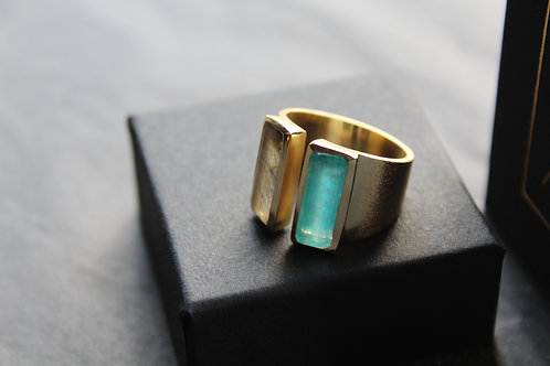 Green White Jade and Faceted Labradorite Ring