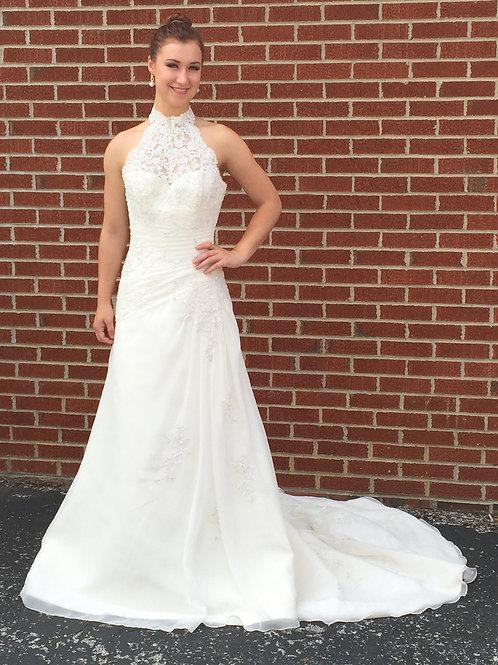 Mori Lee Ivory Wedding Dress (Size 8)