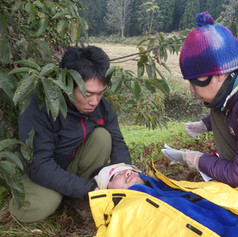 野外救急法トレーニング中@栄村
