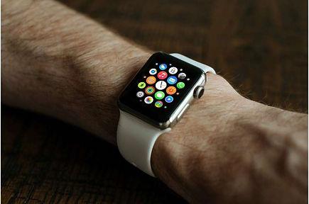 2-applewatch.jpg