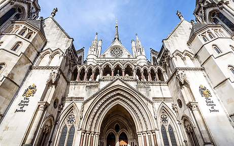 web_facade-of-royal-courts-of-Justice_iS