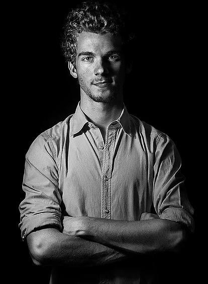 Retrato Preto & Branco.webp