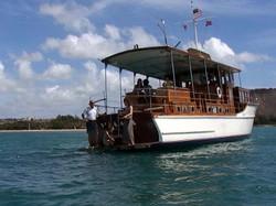 残念ながら今は引退した,クラッシックな木造船