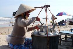 Viet07-Vung Tao-beach-02.jpg