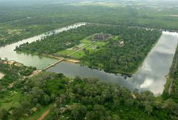 ©_Arial_view_of_Angkor_Wat.jpg