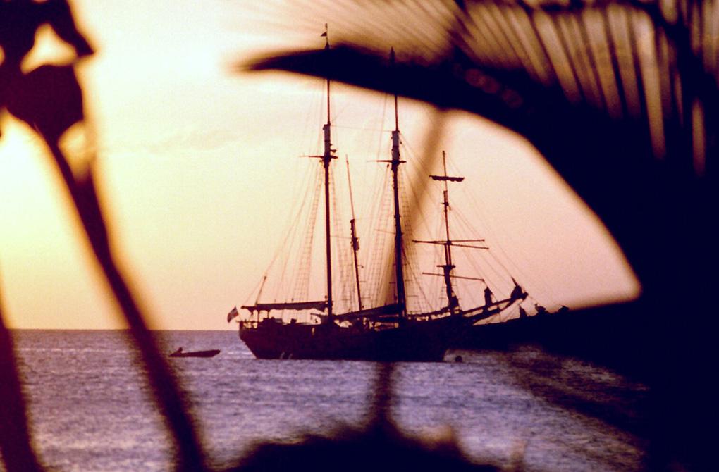 Antoine Roulet-Santo Domingo-sea-02.jpg