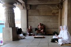 ©_Antoine_Roulet-Moines_Jain-temple.jpg