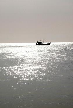 Viet04-sunboat.jpg