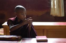 29-Novice au monastère Jangchub.jpg