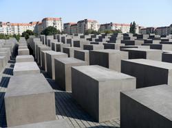 B05-Memorial Holocauste01.jpg