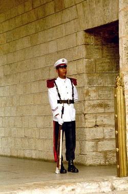 Antoine Roulet-Santo Domingo-guard-01.jpg