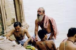 India-Varanasi-Prayers in Gange river-010.jpg