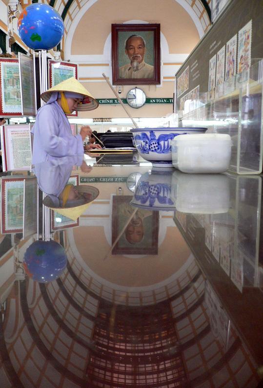Viet04-Saigon poste04.jpg