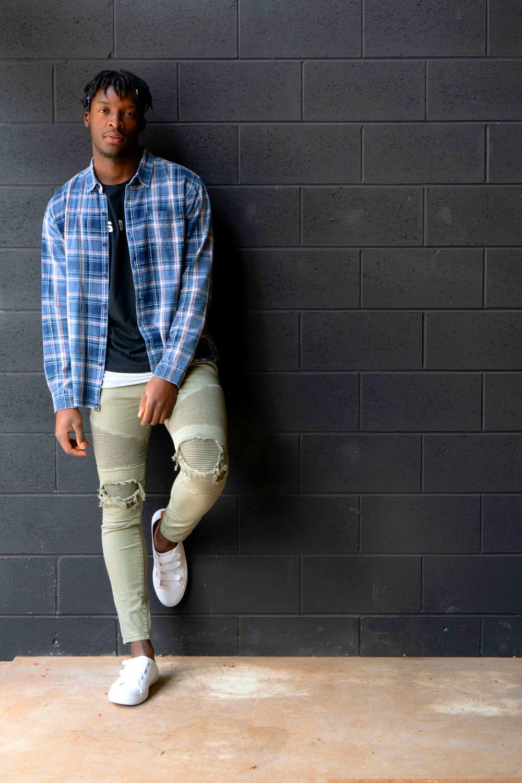 Model @nabil_t.kanengoni