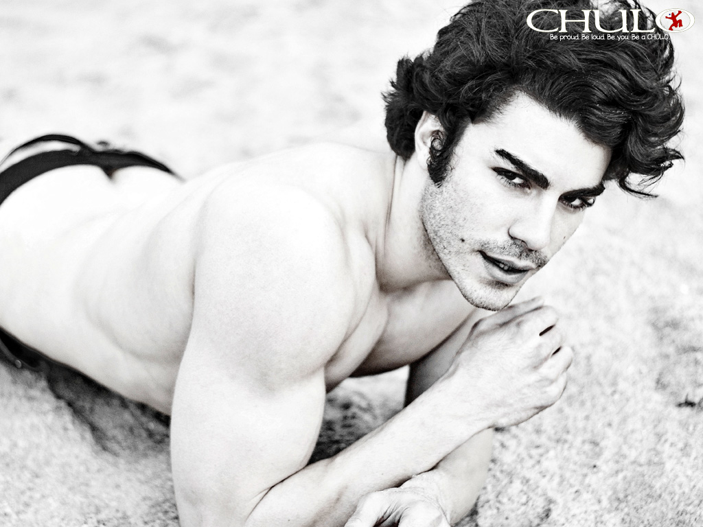 Frankie Bougher in CHULO for social media by Ricardo Muniz.jpg