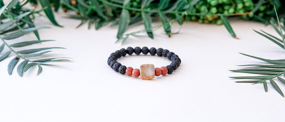 Women´s Black Lava with a Goldstone and Square Accent Bead