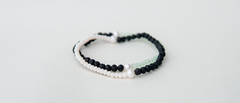 Minimalism Bracelet Set with River Pearls