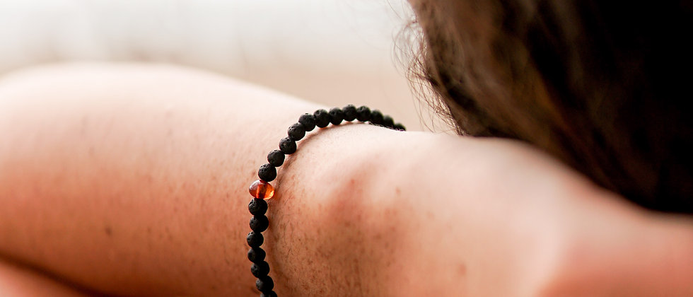 Women´s Baltic Amber and Black Lava Bracelet, Genuine Baltic Amber