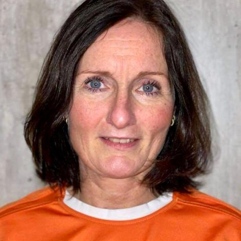 Synnøve Skarbekk, Instruktør