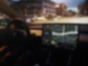 Tesla M3 Performance Innenraum Nacht