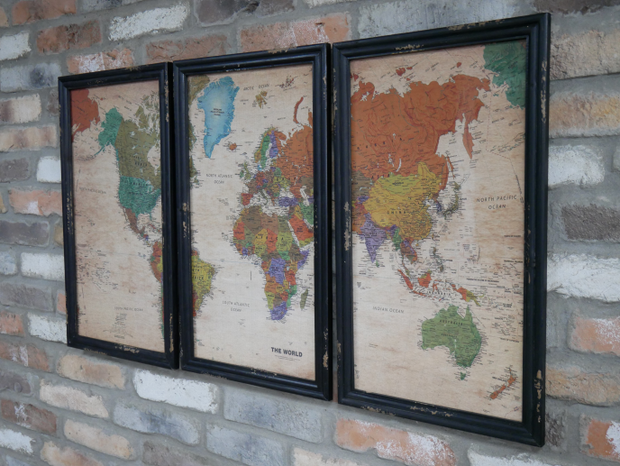 Set of 3 World Map Pictures