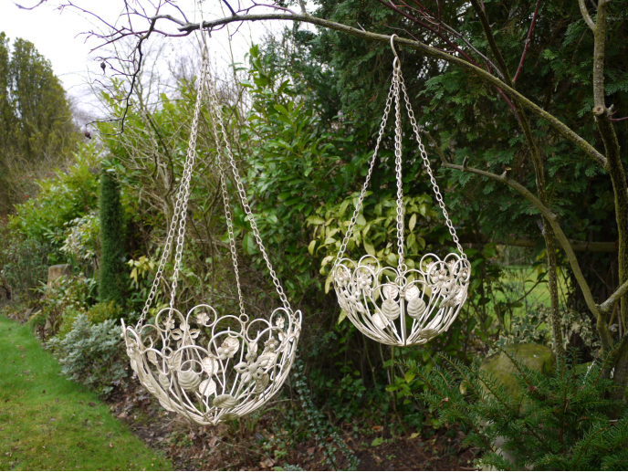 Set of 2 Hanging Baskets
