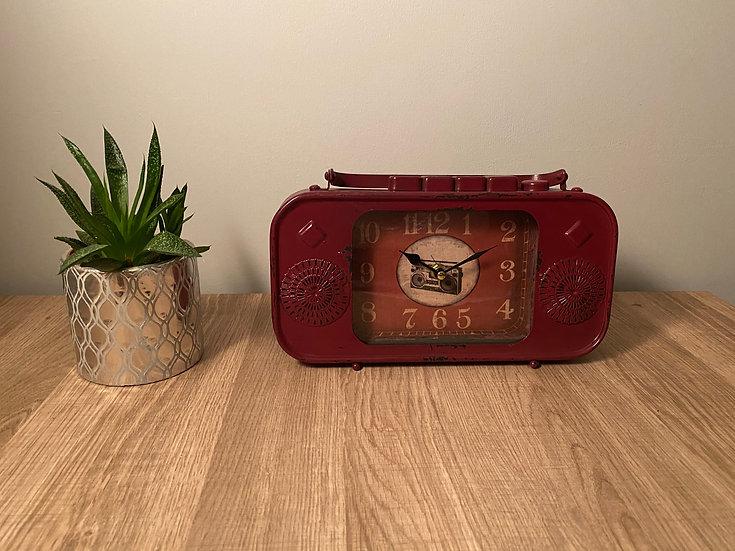 Radio Mantel Clock