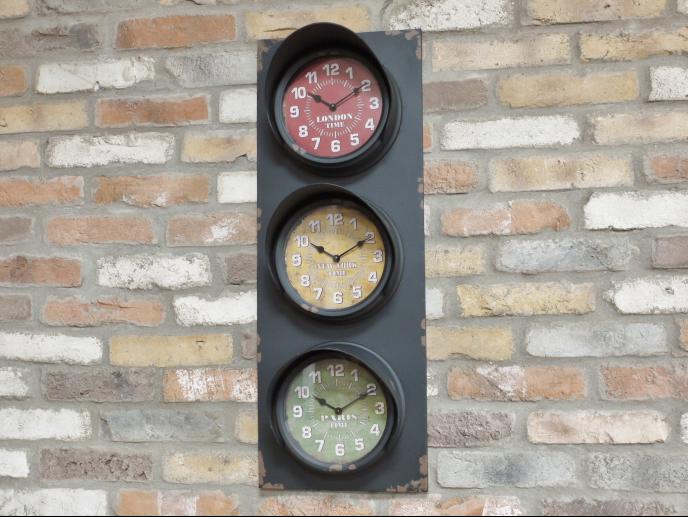 Traffic Light Clock