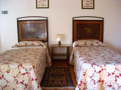 twin beds m5