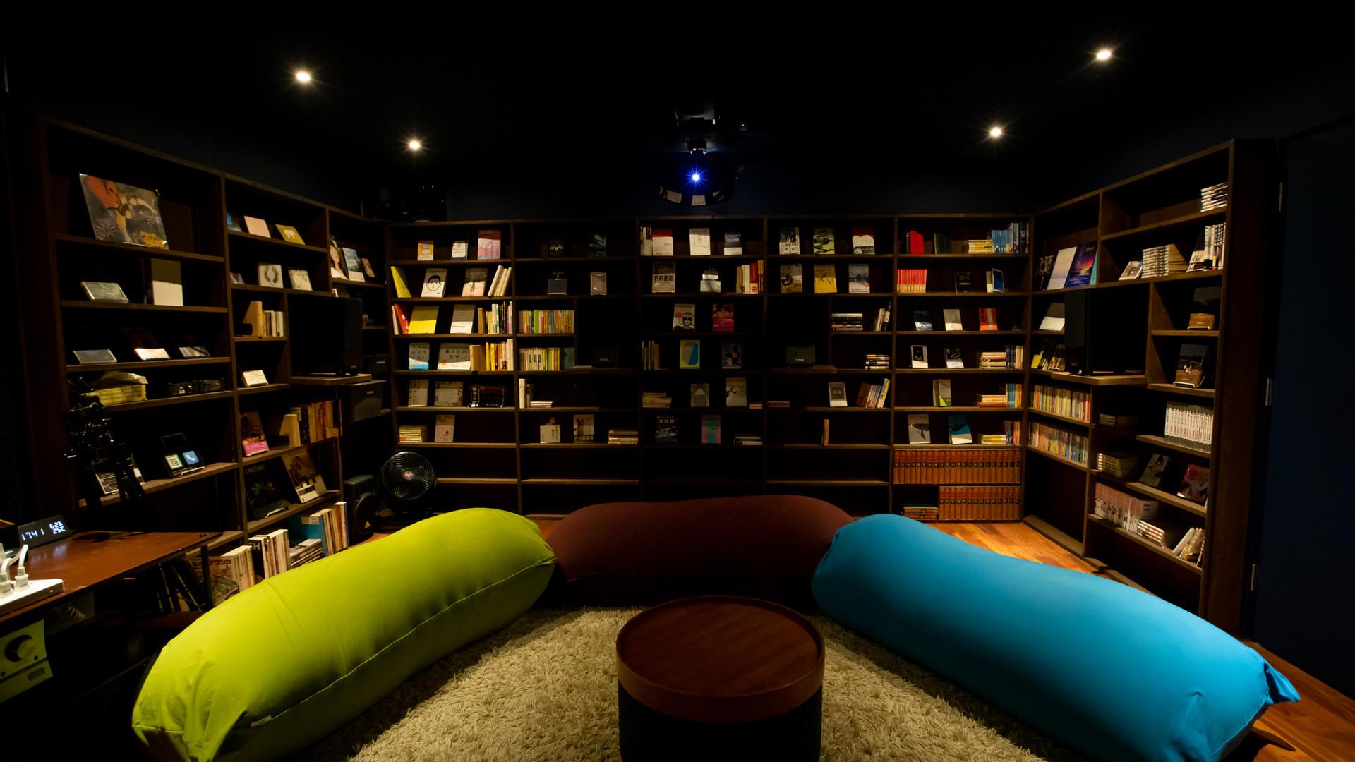 ホームシアター(Library side)