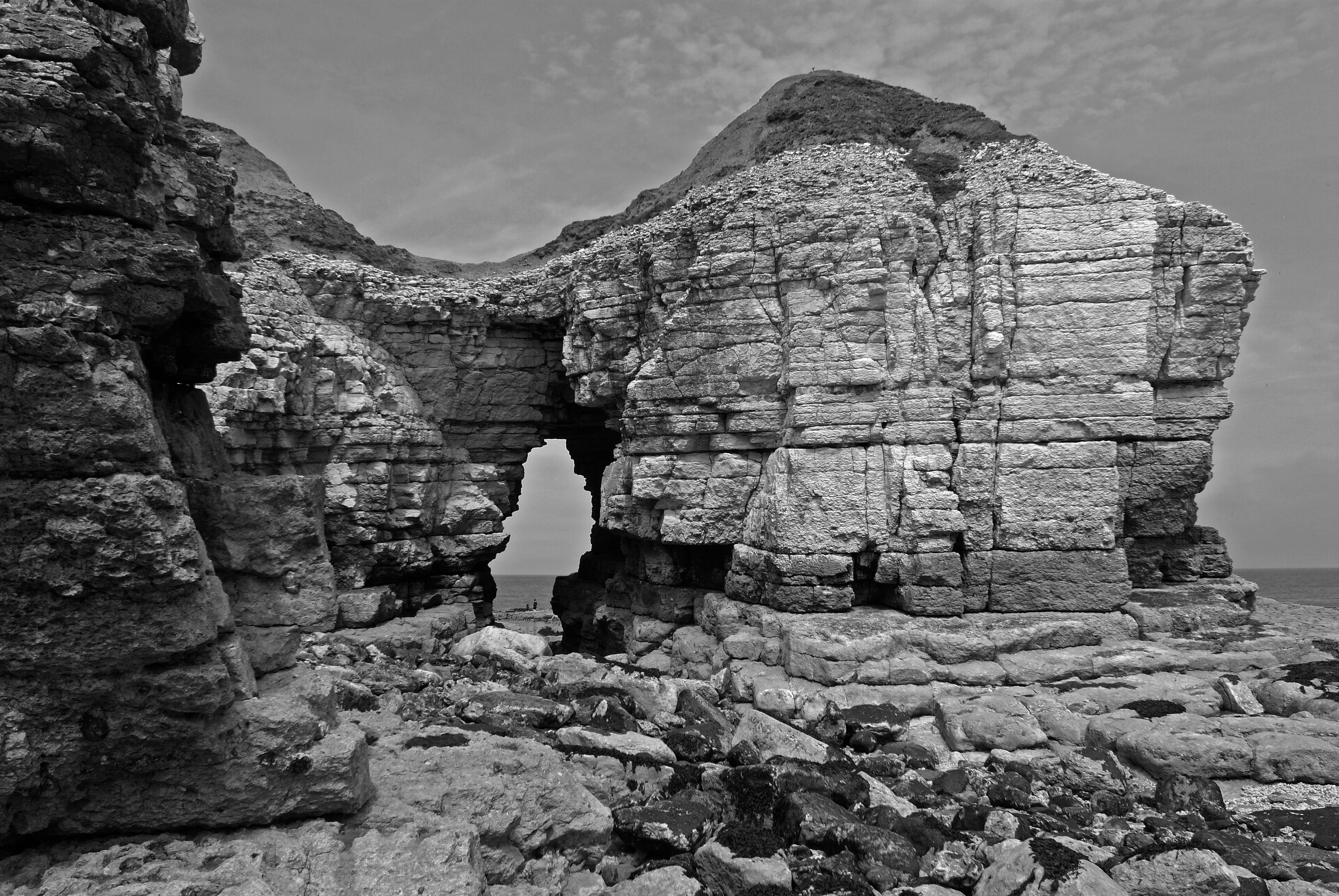 Thornwick Bay arch