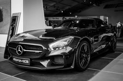 Mercedes SLS black