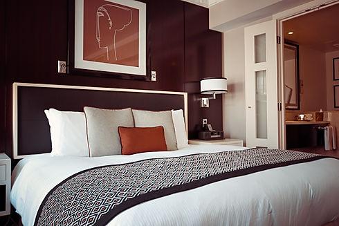 Pexels_Bedroom_black-and-grey-bedspread-