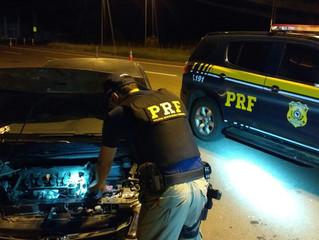 PRF recupera na BR-158 veículo roubadoem Porto Alegre