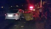 Acidente inusitado deixa dois feridos na av. Francisco Reverbel