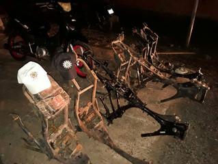 Homens são presos acusados de receptação e adulteração de chassis e motos furtadas