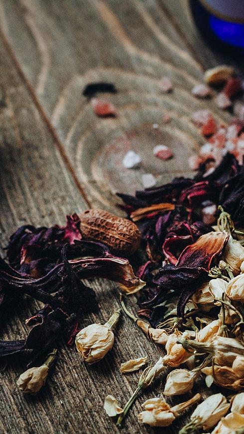 createherstock-2019-Herbalist-Neosha-Gar