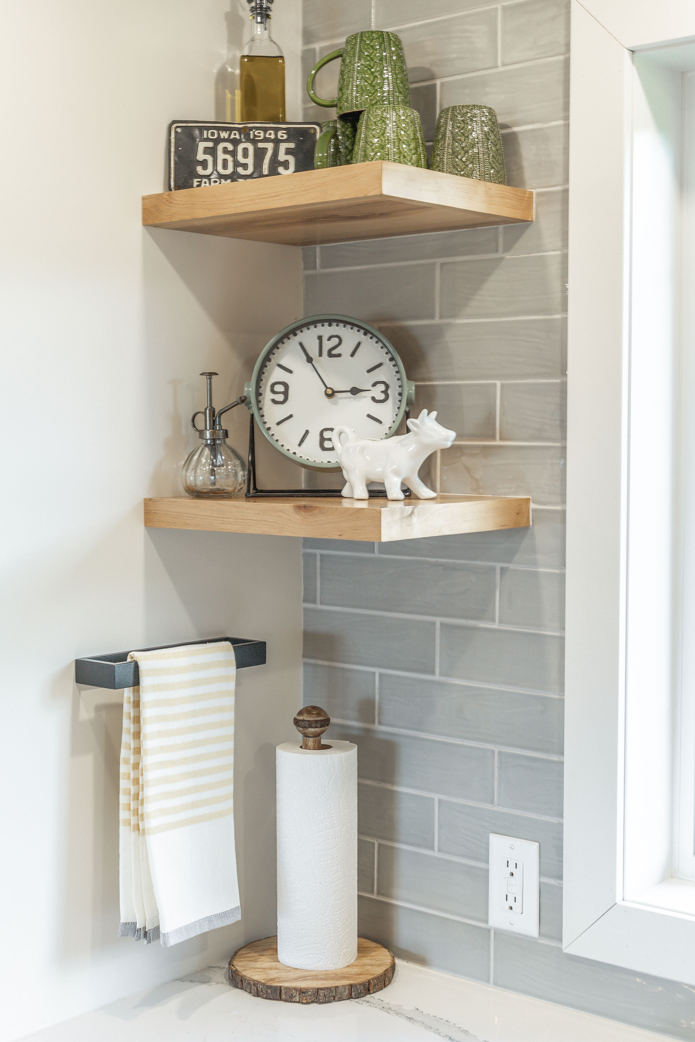 RESIZEReviveHomeMainLivingSpace-77