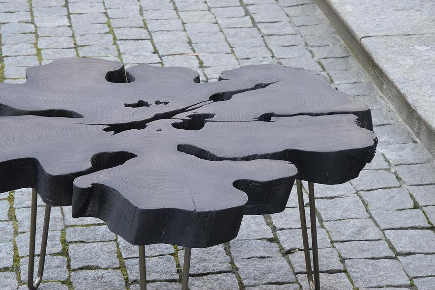 coffeetable black flower
