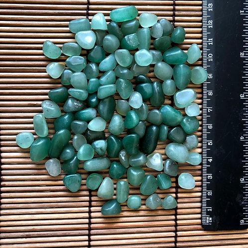 Quartzo Verde Rolado 100g - 0,5 a 1 cm - Oxóssi