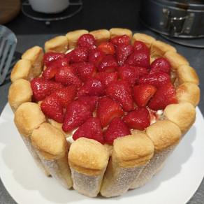 #ThatTranslatorCanCook week 52: Strawberry Charlotte