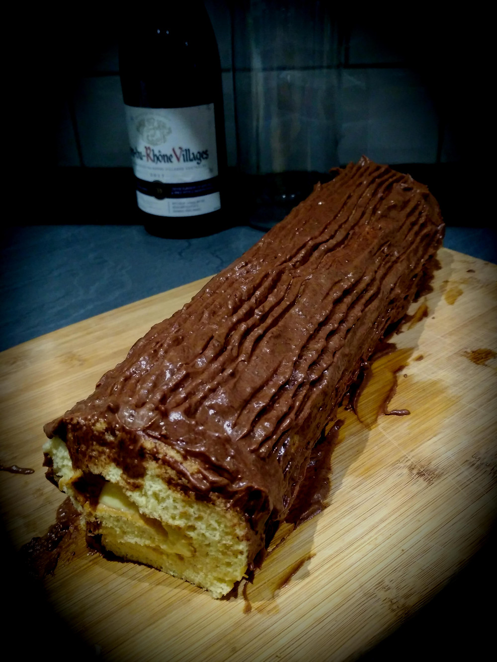 Picture of the cooked chocolate yule log