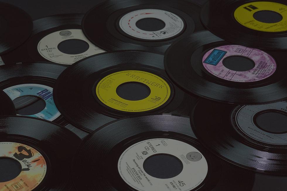 Vinyl%20records%2C%207%20inch%20singles%2C%2045%20rpm._edited.jpg