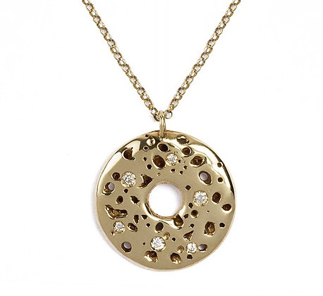 Volcano yellow gold and diamonds necklace